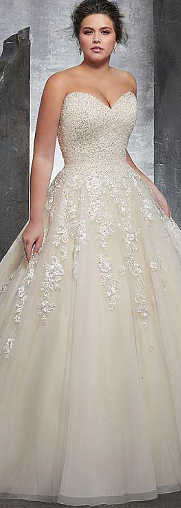 Plus size casual wedding dress   best Curvy Bridal Dresses images on Pinterest  Short wedding