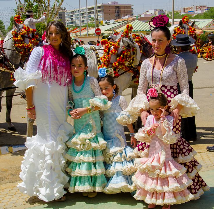 Feria de Abril (Sevilla), by @Tom Bartel
