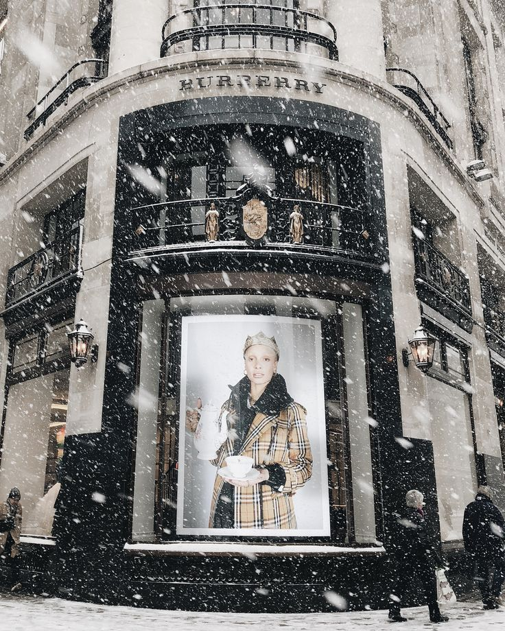 """BURBERRY, Regent Street, London, UK, """"The very fact of snow is such an amazement"""", photo by Ksenia, pinned by Ton van der Veer"""