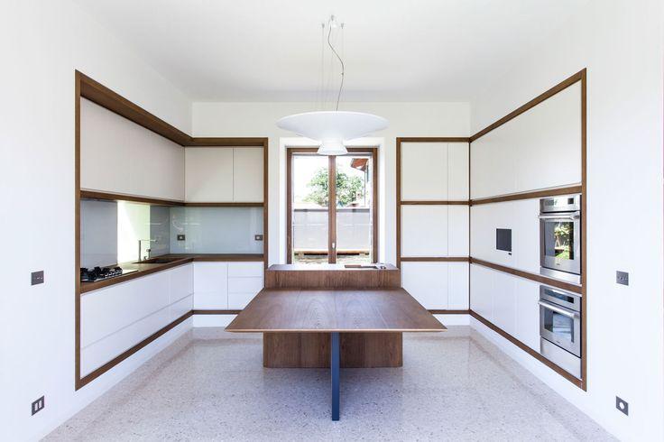 #Architecture in #Italy - #ItalianKitchens by Deamicisarchitetti