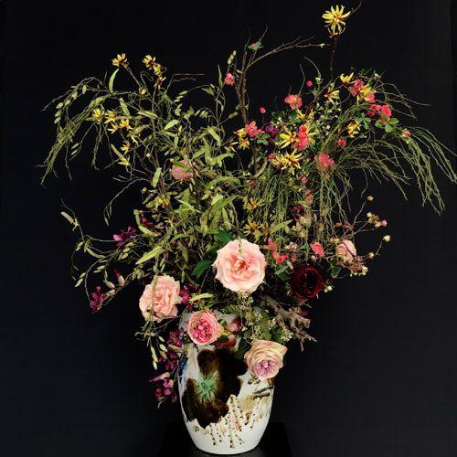 Chinese vaas met zijden bloemen boeket