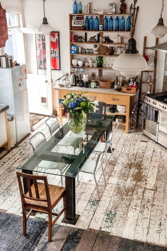 Love the clear table for a small kitchen. Makes it feel lighter.