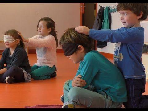 "Maternelle: ""La famille ours"" (massage) - YouTube"