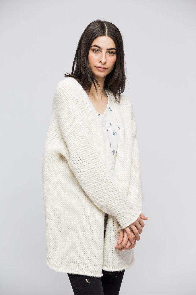 6fc5de9bf6 Alpaca Oversized Chunky woman knit cardigan- Off white.