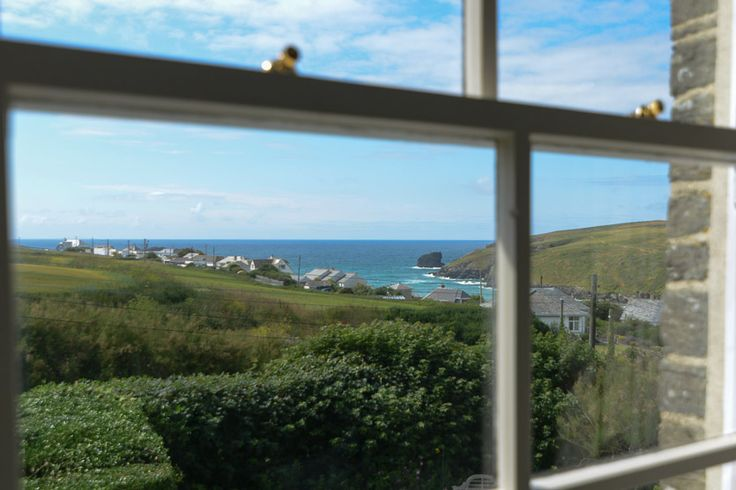 Trevethan House - Porthcothan -  A Cornish, self catering beach holiday house to rent, just a short drive from #Padstow #Cornwall
