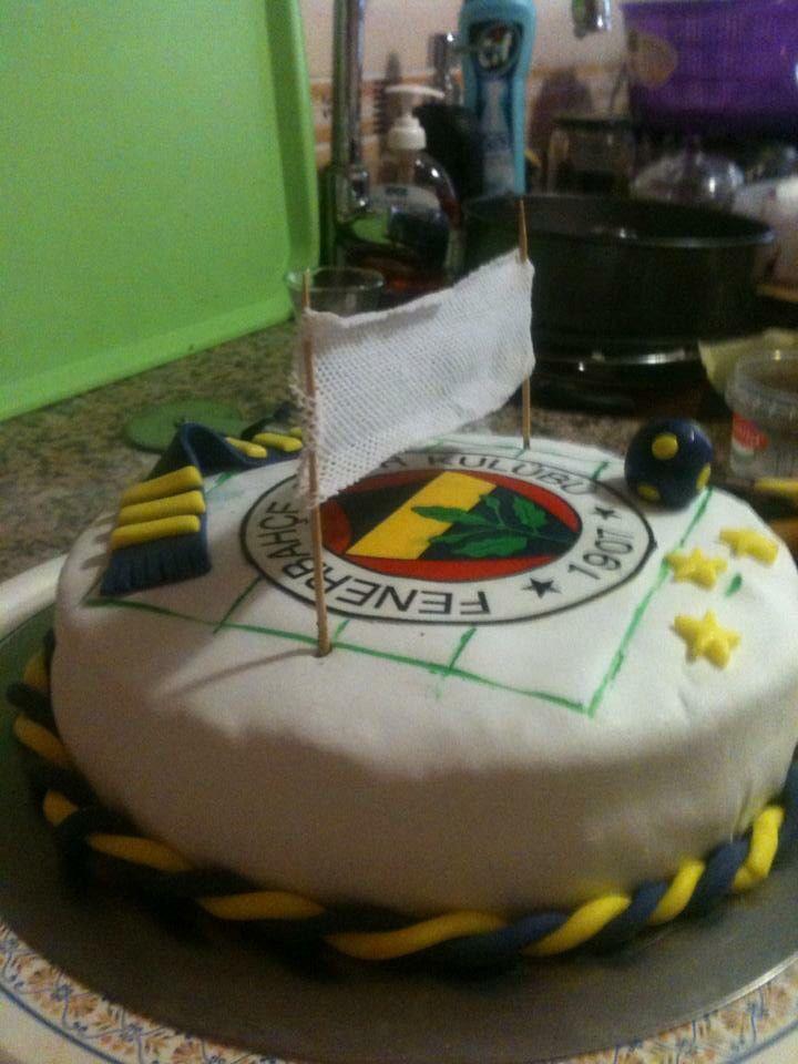 Melih ve Ece'nin doğum günü pastaları #birthdaycake #fondantcake #fenerbahçe