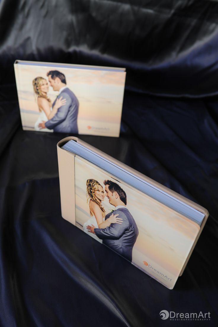 Classic Book & Parent's book by DreamArt Photography @graphistudio #DreamArtPhotography #GraphiStudio #DestinationWedding #ClassicBook #LuxuryBook #MadeInItaly #Wedding #MexicoWedding #WeddingPhotography #WeddingBook  #Weddingvallarta #WeddingMemories