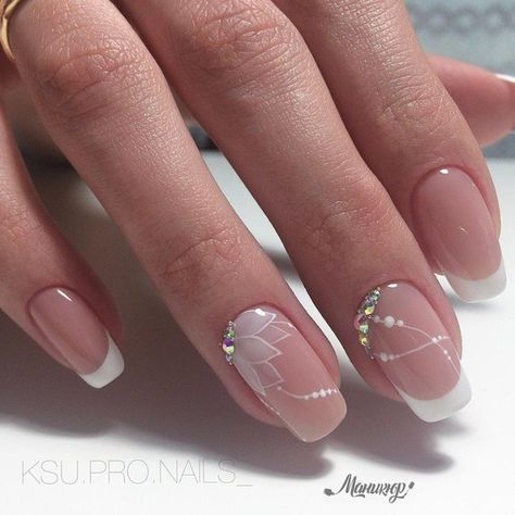 This would be very pretty for a wedding | nail art | french manicure #nailart #m…
