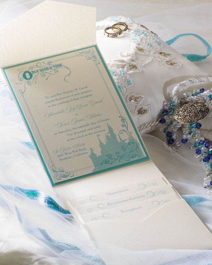 Disneyland exclusive invitations in Tiffany blue Disney
