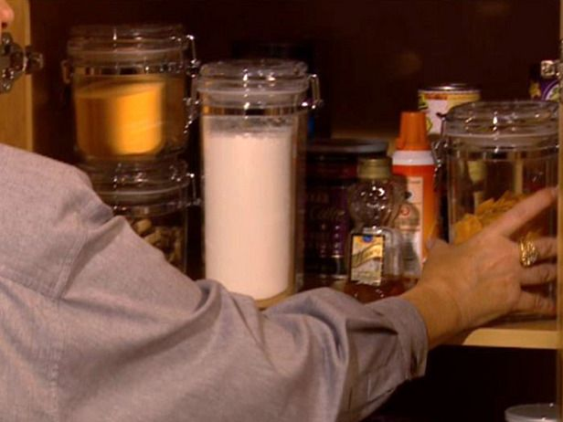 Tips on organizing and cleaning kitchen cabinets from diynetwork com
