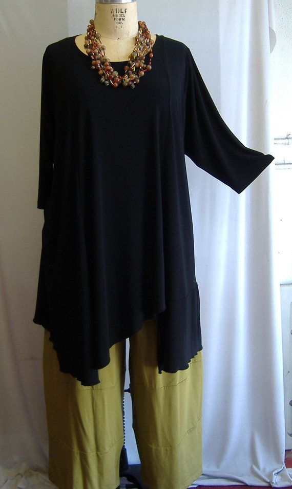 Coco and Juan Plus Size Asymmetric Tunic  Top Black Traveler Knit Size 1 (fits 1X,2X)   Bust 51 inches