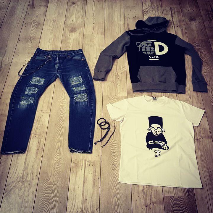 #odclothing #felpa bicolore cappuccio #minimarket #levis custom #chainspants #grey #tagstagram  # instafashion #photooftheday#tag #instamood # instanew #photooftheday #instagood #fashion #fashiostyle#pants #shoes #moda #taranto #italy #bestoftheday #jeans #jacket #tshirt #model #instacool #streetwear #outfitoftheday #menswear #womenswear #suite 54