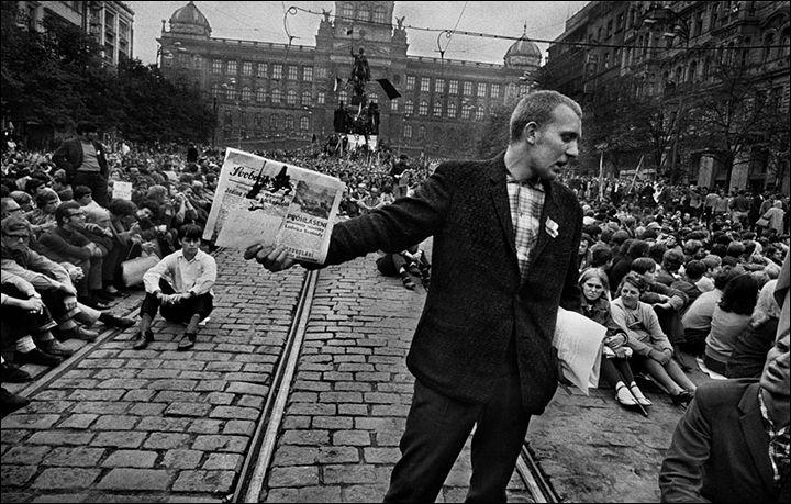 """""""Prague Spring 1968"""". Foto: Josef Koudelka"""