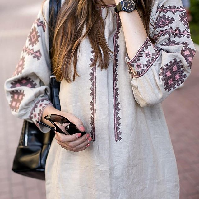 Привіт дівчата, у нас є багато чудових суконь з вишивкою, які можна носити кожного дня!  Всі вони є на нашому сайті- www.etnodim.com.ua  #ukraine #girl #etno #embroidery #look #etnodim #vyshivanka #вышиванка #вишиванка #одяг #магазин  #vsco #vscocam #shop #beautiful #models #women #sale #buy #купить #рубашка #платье #национальный #украинская #етнодім #kiev