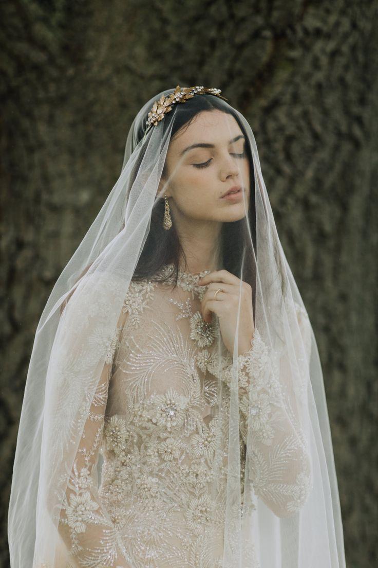 Golden Chantilly Lace Drop Veil - Chic Vintage Brides