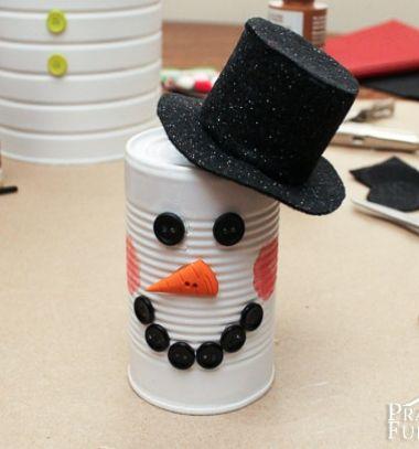 Tin can snowman - easy winter craft for kids // Konzervdoboz hóember - téli barkácsötlet gyerekeknek // Mindy - craft tutorial collection // #crafts #DIY #craftTutorial #tutorial