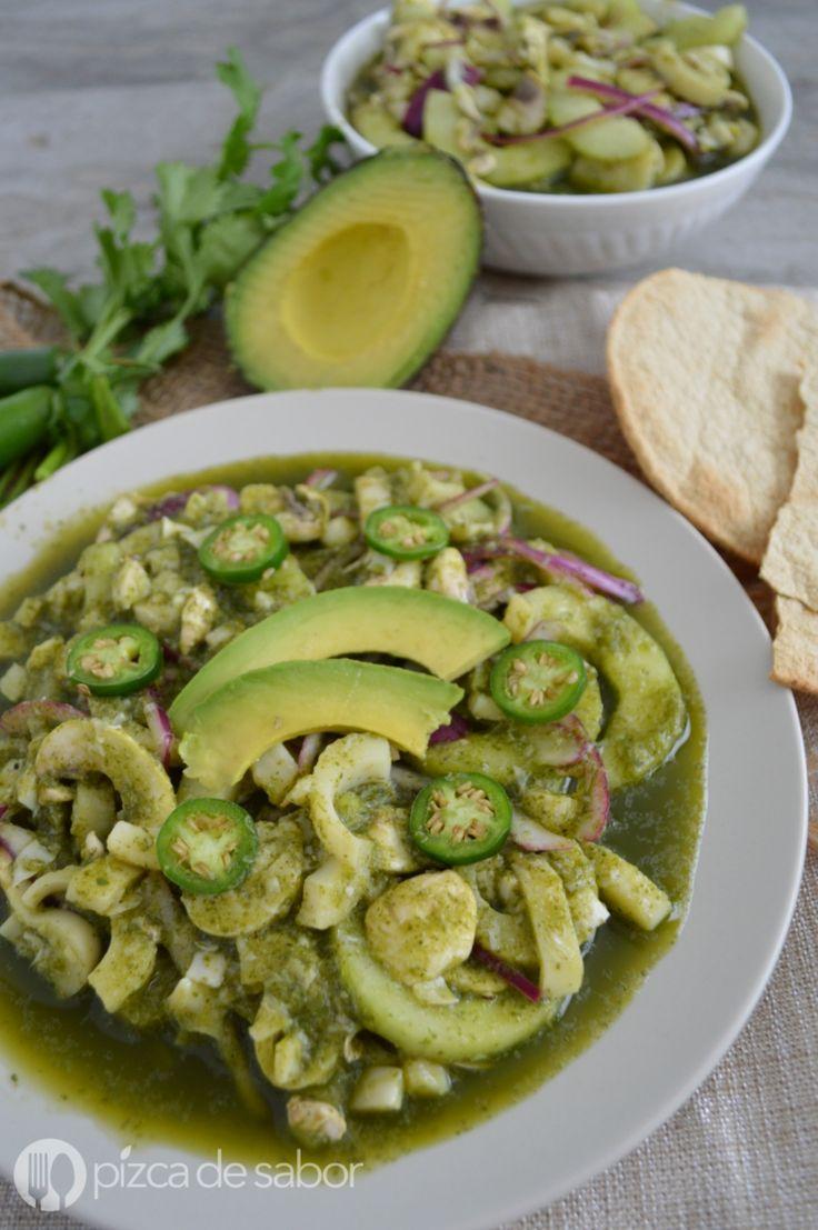 Aguachile vegano de champiñones y palmito en salsa de limón y chile serrano. Muy fácil de preparar, saludable, ligero y delicioso.