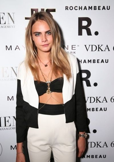 Cara Delevigne wearing Missguided #fashion #style #modelstyle #caradelevigne #missguided