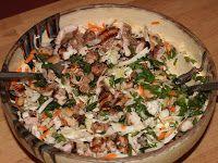Salată cu pui la grătar și fasole