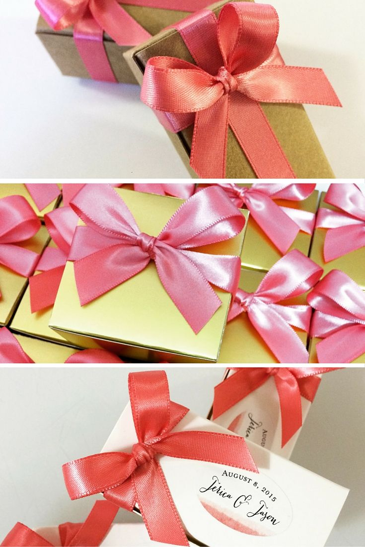 Pink Wedding Favors - Lots of packaging options filled with delicious caramels for your guests