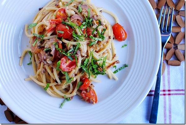 Pasta PuttanescaFave Recipe, Maine Dishes, Pasta Puttanesca Mad, Pasta Dishes, Dishes Recipe, Food 3, Pasta Puttenesca, Favorite Recipe, Comforters Food