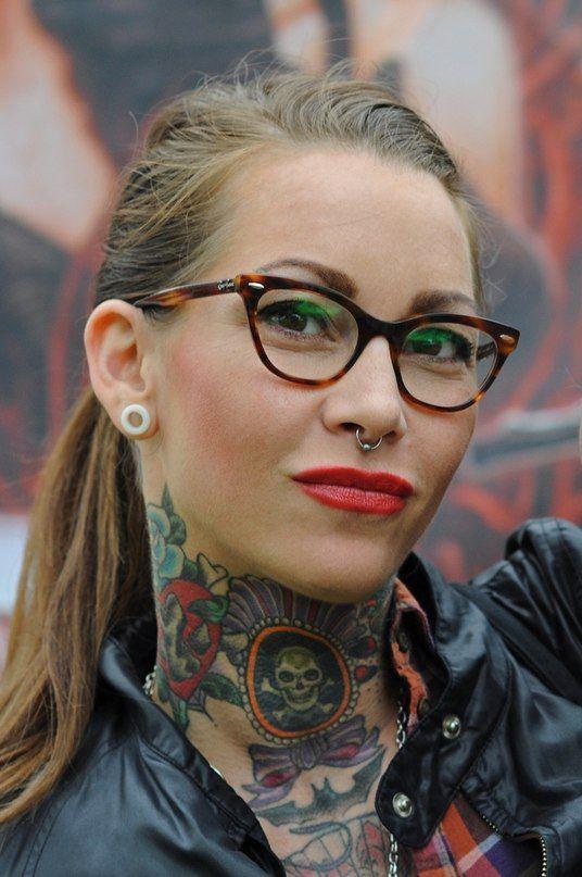Girls Neck Tattoo Gallery #tattoo #girls #neck