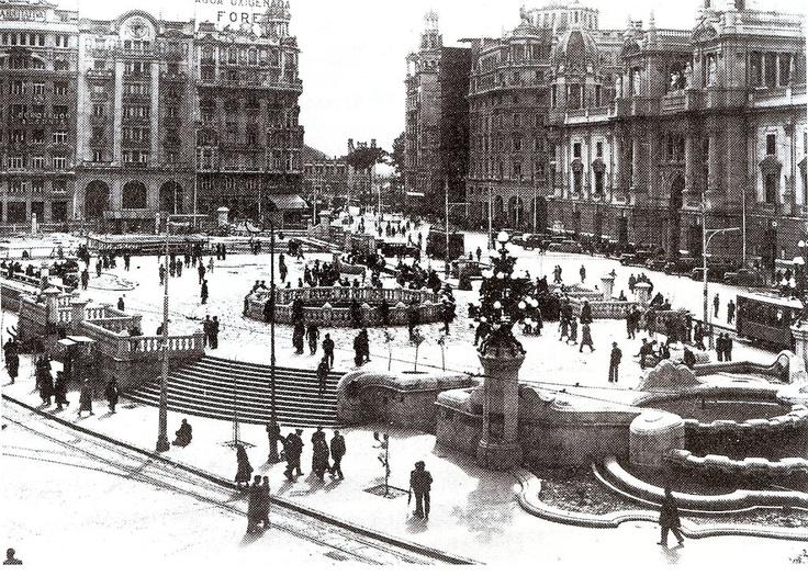 Plaza del Ayuntamiento. Años 30
