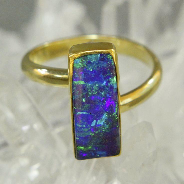Boulder-Opal-ring-gold-kalled