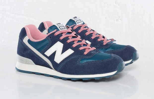 New Balance Women's 996 - Blue/Pink | Those NBs