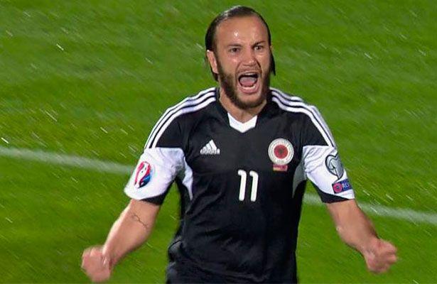 Albania venció 3-0 a Armenia, hace historia y estará en la Eurocopa - Albania hizo historia y, con un triunfo ante Armenia en Ereván (0-3), aseguró su presencia en la Eurocopa de Francia, donde participará por primera...