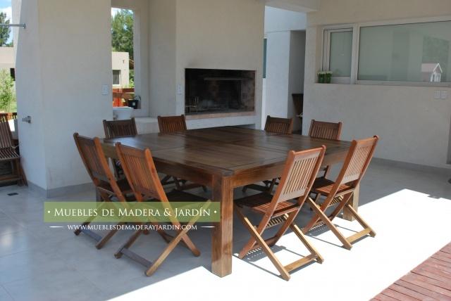 Mesas Cuadradas de madera para galeria
