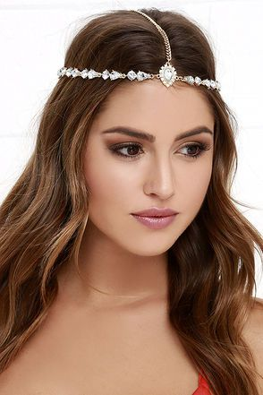 Style Saint Gold Rhinestone Headpiece at Lulus.com!