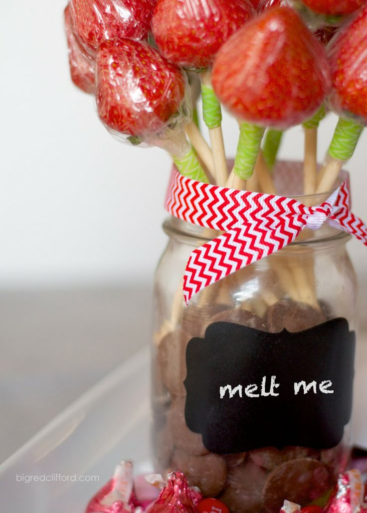 valentines ideas for HIM. DIY strawberry roses with dipping chocolate. yes! bigredclifford.com