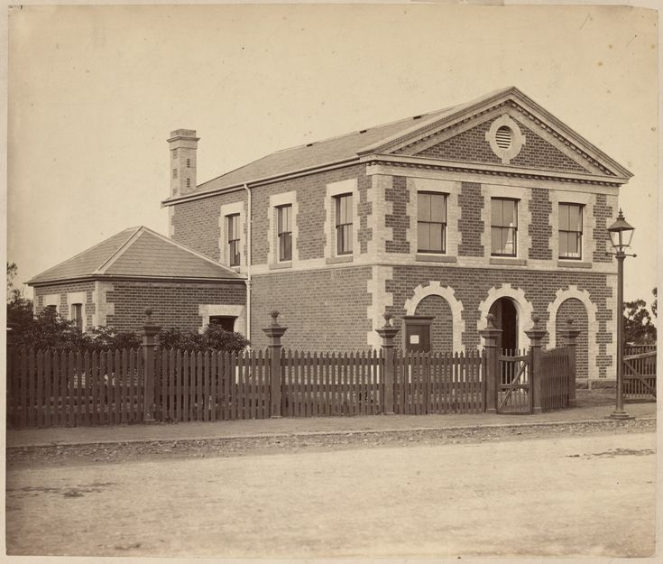 Town Hall, Borough of Essendon and Flemington, cnr Mt Alexander Rd and Warwick St, Ascot Vale.