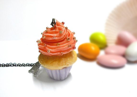 Cupcake frosted long necklace with colored beads by FarfallaDorata