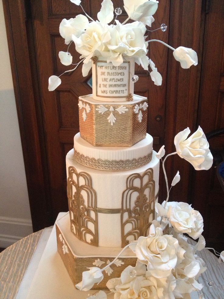 Love the tall and slender look to this cake. Great lines, perfect Gatsby design and metallic fondant! A true stunner.