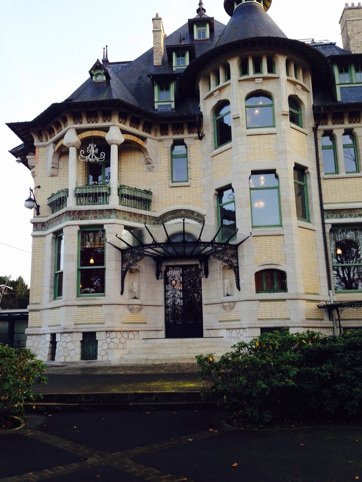 210 best images about art nouveau architecture on pinterest prague italy and turin. Black Bedroom Furniture Sets. Home Design Ideas