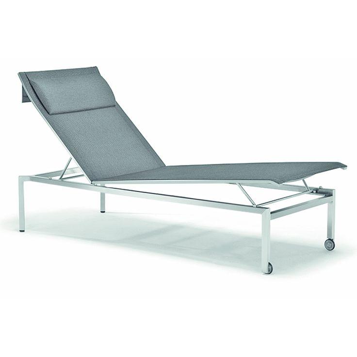 Exklusives Edelstahlgestell, Bespannung Aus Komfortablen Leisuretex.  Rücken  Und Fußteil Verstellbar. Rollen.