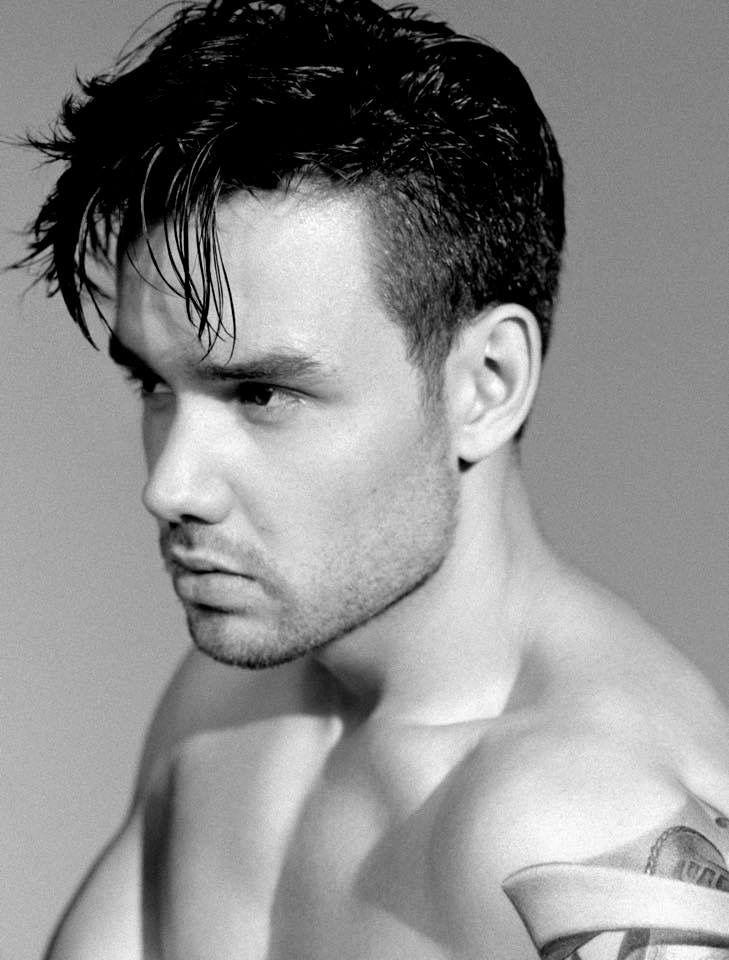Liam Payne, B&W, shirtless
