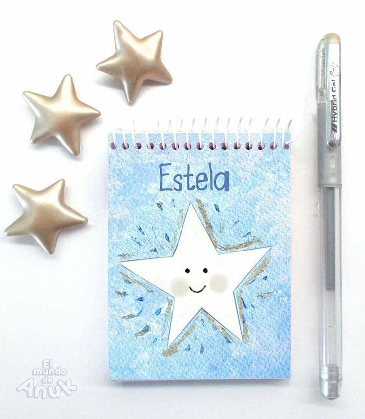 Libreta/Cuaderno personalizado. Libreta de bolsillo, tamaño pequeño 7'5x10cts. con 75 hojas blancas de 80grs. y tapas plastificadas. Puedes personalizarla con el nombre o texto que tú elijas. El mismo diseño disponible en 3 tamaños.   #libretas #cuadernos #star #estrella #niños #kids #notebook #sweet #blue #azul #gift #regalo #regalodenavidad #silver  #papelería #stationery #personalizada #customdesign