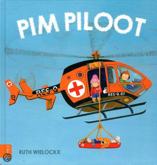 Pim helpt iedereen, zodat hij maar weinig tijd overheeft om met zijn stuntvliegtuig te vliegen. Als het eindelijk toch lukt, gaat het fout en stort hij neer.