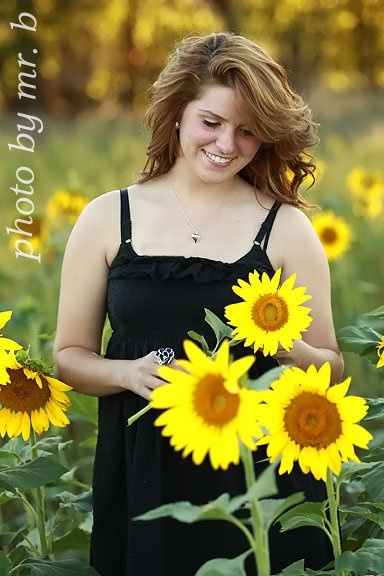 sunflowers!! ya know I think pocatello has sunflower fields?!?