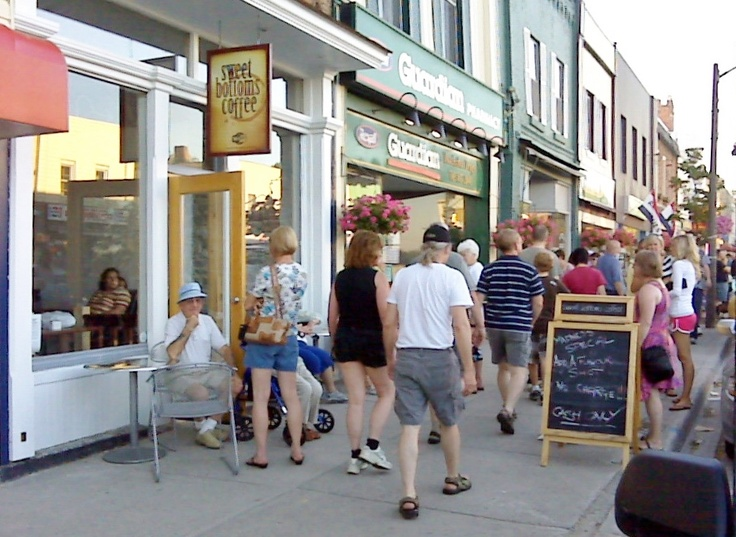 Midnight Madness in Downtown Fenelon Falls.  Usually the Saturday night of the July Long Weekend.  Organized by the Chamber of Commerce Special Events Committee and sponsored by the town merchants.