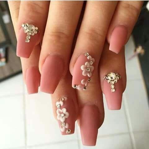 Nail, nail art