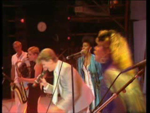 David Bowie - Modern Love - Live Aid 1985 - Wembley: Spent the entire week-end watching this amazing concert, never left the house.