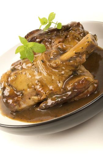 This is the lamb shanks recipe then Nicole shredded lamb and thickened sauce and added mash potato (which had Parmasan and a sprinkle of nutmeg as well as butter and cream) ... it was amazing! I found cooking on high for 35 mins yielded better results.