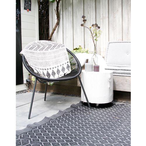 Gebruik deze unieke vloerkleed als accessoires voor op een stoel of een unieke vloerkleed voor in de tuin.