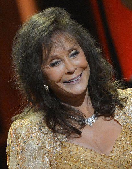 Loretta Lynn Photo - Loretta Lynn Celebrates Her 50th Anniversary With The Grand Ole Opry - Show