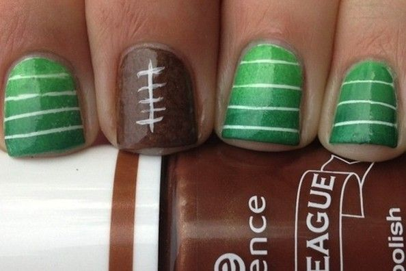 Pinterest Nail Art supperbowl  Ideas | Super Bowl Nail Art: 10 Fun Game Day Nail Ideas To Consider - Nails ...