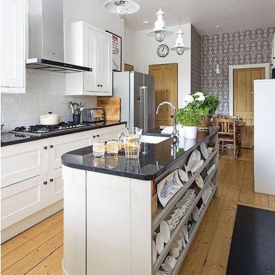 Traditional kitchen with island unit | Kitchen decorating | Beautiful Kitchens | Housetohome.co.uk